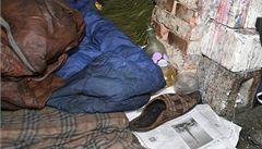 Dva bezdomovci se na Vánoce otrávili nemrznoucí směsí