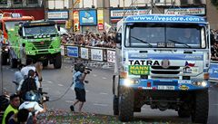 Tomeček kvůli havárii na Dakaru skončil, problémy měl také Loprais