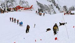 Sníh zabíjel ve Švýcarsku: lyžaře smetly dvě laviny za sebou