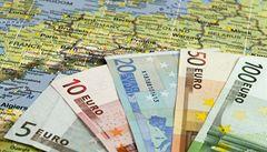 Brusel podpoří ohrožený bankovní sektor v Bulharsku. Pošle 46 miliard