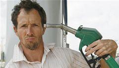 Benzín a nafta jsou v Česku dražší než v Chorvatsku či Švýcarsku