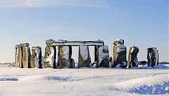 Británie plánuje postavit silniční tunel u Stonehenge