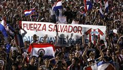 Tisíce Paraguajců se modlilo za postřeleného hráče, stále bojuje o život