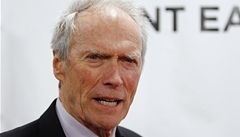 Eastwood 'vede' policejní muzeum