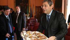 Soud zpřísnil trest pro sicilského guvernéra napojeného na mafii