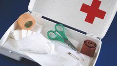 Lékárnička v autě bude muset nově obsahovat i resuscitační masku