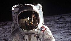 Obama nemá peníze na let na Měsíc. Pokusí se přilákat investory