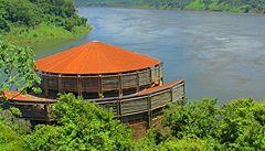 V amazonském pralese postaví obří hydroelektrárnu, indiáni jsou proti