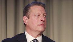 Bývalý viceprezident USA Gore prý sexuálně obtěžoval masérku