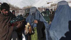V Rumunsku objevili afghánské běžence v cisterně s octem