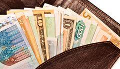 Nejvíce v Česku utrácejí Rusové a Indové. Téměř dva tisíce korun denně