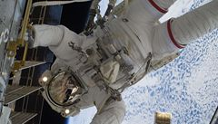 Astronauti mají na ISS novinku, nový výhled na Zemi