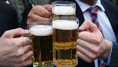 Češi pijí méně piva, hospody padají jedna za druhou