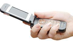 Češi už mají mobilů dost, jejich prodej klesl o devět procent