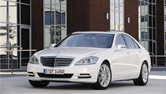 Jednodušší, ale praktický. I Mercedes má hybrid: S400
