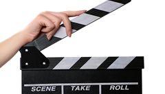 Jean Reno jako nový Kmotr? Kritika film 22 výstřelů nešetří