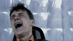 Drsná Hra smrti: televize přiměla lidi mučit soupeře elektrickým proudem
