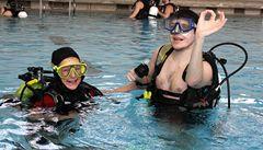 Nevidomí potápěči si v Blansku užívali stav beztíže