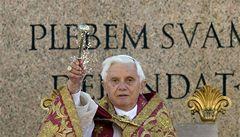 Narodil se vám spasitel, radujte se, vzkázal věřícím česky papež