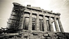 Řecko neudrží dluhy ani s pomocí Unie. Bankrot prý nelze odvrátit