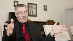 Vědci si klidně řeknou i o zlatou kliku, míní Jan Vitula