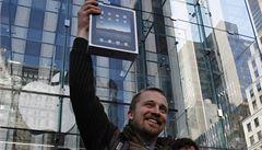 Apple začal prodávat iPad. Zatím jen v USA