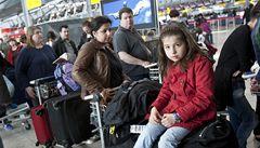 Sopečný mrak pokrývá Evropu. Ryanair zrušil lety až do pondělí