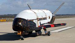 Záhadný bezpilotní raketoplán ukončil svoji tajnou misi
