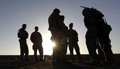 Australským vojákům hrozí propuštění kvůli nezákonným vraždám afghánských civilistů a zajatců