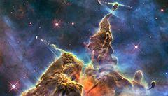 Hubbleův teleskop fascinuje veřejnost fotkami vesmíru už 20 let