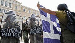 Ratingová agentura prudce snížila hodnocení Řecka