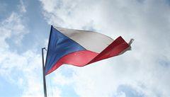 HDP Česka stoupl za 20 let o polovinu. Na Slovensku o 65 procent