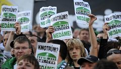 Fanoušci Bohemky opět protestovali proti stěhování do Edenu