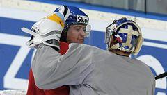 Hokejové kamarády Pavelce a Voráčka spojují pivo, holky a nájezdy