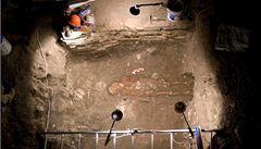 Archeologové objevili v pyramidě nejstarší hrobku v Mezoamerice