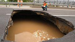 Povodně na Slovensku ustupují. V Polsku zůstává situace vážná
