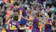 Fotbalisté Barcelony obhájili mistrovský titul, Messi vyrovnal klubový rekord