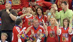 'Šajbu!' Hlediště patřilo během hokejového finále Rusům