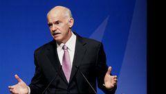 Dluhy už budeme splácet včas, slibuje řecký premiér Papandreu