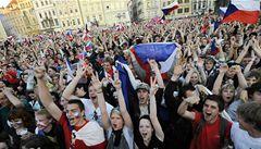 Zlatí hoši slavili s tisíci fanoušků na Staroměstském náměstí