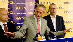 KDU-ČSL po prohraných volbách nemá peníze a propouští