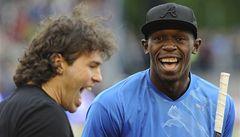 Bolt dostal od Jágra hokejku, pak ale rekord na 300 m nepřekonal