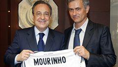 Trenérský megapřestup potvrzen: Mourinho se upsal Realu na čtyři roky