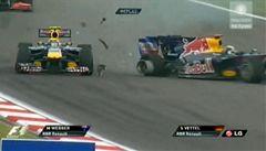 VIDEO: Vettel připravil parťáka Webbera o vítězství, toho využil McLaren