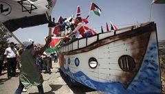 Izraelská armáda obsadila loď s nositelkou Nobelovy ceny míru