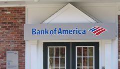 Největší americkou banku žalují zaměstnanci kvůli přesčasům