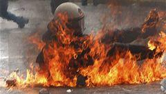 Řecko začíná schvalovat zásadní reformy. Země je ve varu