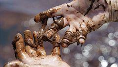 Za obří ropnou havárii v Mexickém zálivu zaplatí firma stovky miliard korun
