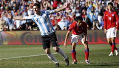 Argentina rozdrtila Jižní Koreu 4:1. Higuaín vstřelil hattrick