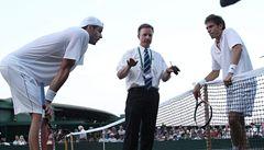 Rekordní Wimbledon: Isner s Mahutem hráli a hráli...a nedohráli. Ani po 10 hodinách